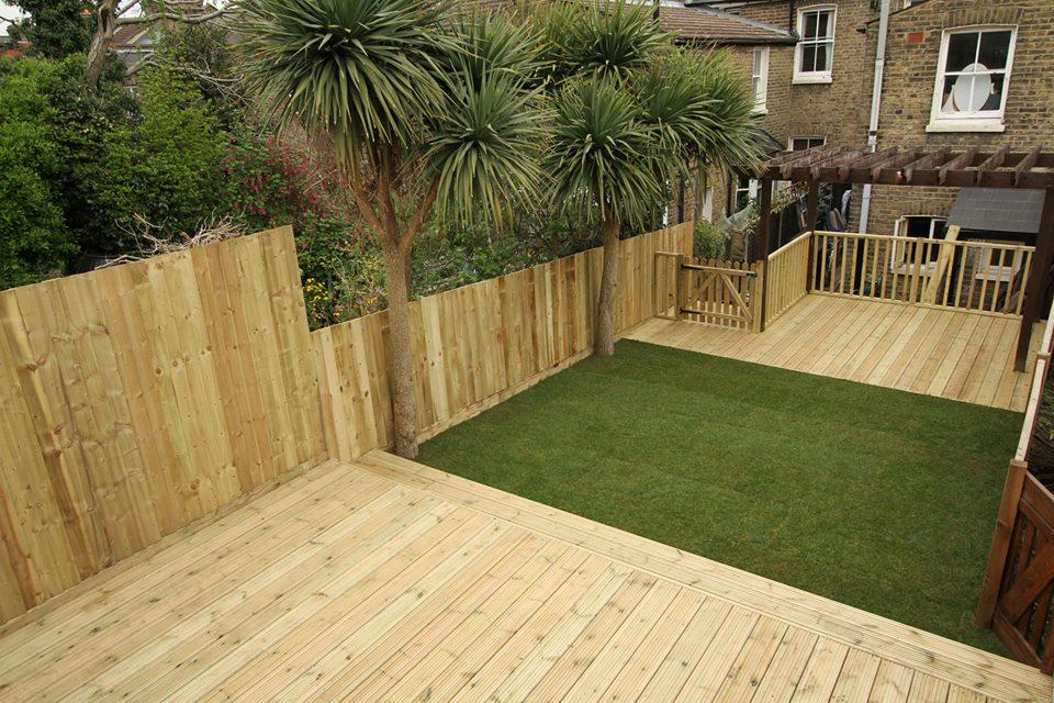Garden fencing services for Garden decking and fencing